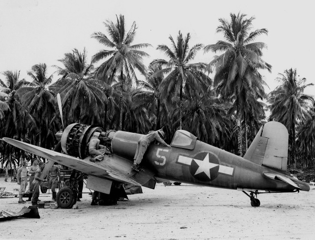 F4U-1A_Corsair_VF-17_on_Green_Island_1944
