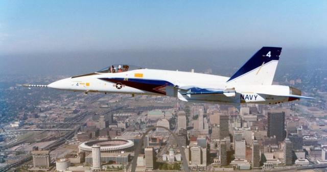 f_a_18_fsd_prototype_4__buno_160778__feb_1981_by_fighterman35_d9qyeha-fullview.jpg